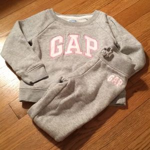 Like new Gap Sweats Set